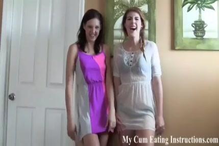 Il espionne sa voisine qui se masturbe
